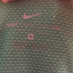 Ladies 2x Nike shirt